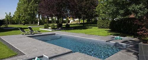 D-Line Schwimmbecken bei A7-Pools in Neumünster