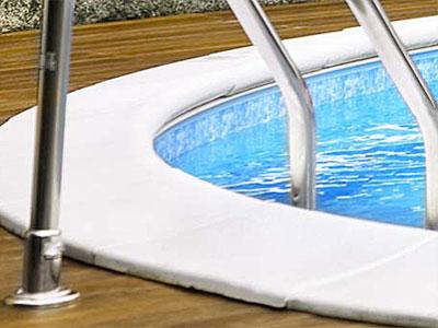 Leiter in Stahlwandbecken Schwimmbecken